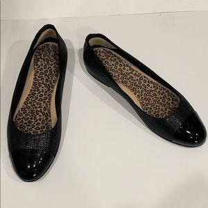 GENUINE CHANEL Black cap toe ballerina flats